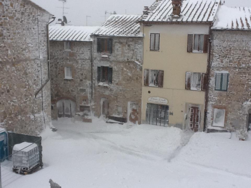 NEVE CASTELLINA IN CHIANTI