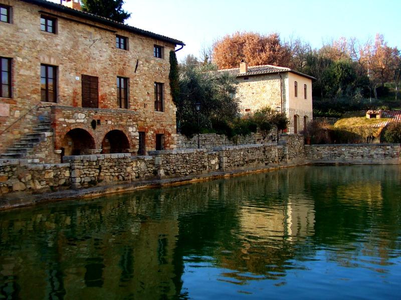 Incanti di Val d\'Orcia: Bagno Vignoni - Siena News