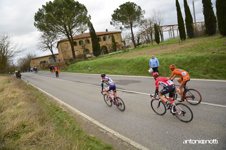 Siena riscopre la sua passione per il ciclismo: Strade Bianche e il suo valore sociale