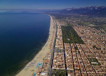 Il mercato delle abitazioni sta riprendendosi anche in Versilia e in Toscana: occorre aiutare gli acquirenti a scegliere le migliori condizioni per l'acquisto
