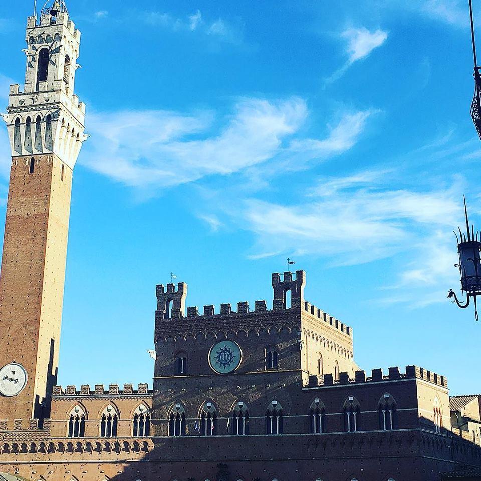 Siena, polemiche su Salvini che