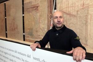 Foto Paolo Lazzeroni-Siena-:MASSIMO GAVAZZI , RESTAURATORE