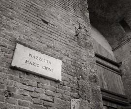 E san benedetto lasci le rondini e divent un santo estivo siena news - La piazzetta cucine da incubo ...