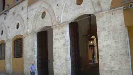Università-di-Siena-rettorato