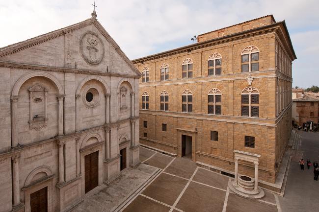 pienza-piazza2016_650