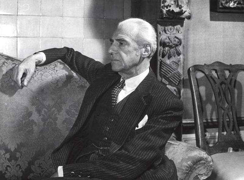 L'8 marzo 1880 nasce il conte Guido Chigi Saracini