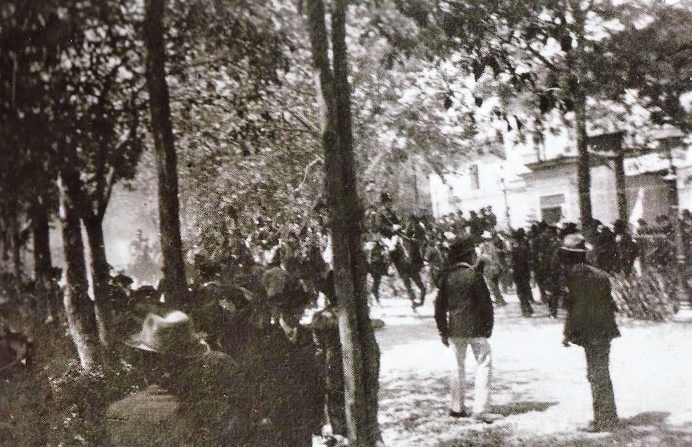 Il 17 maggio 1908 Siena è teatro di una vera e propria guerriglia urbana fra cattolici e anticlericali