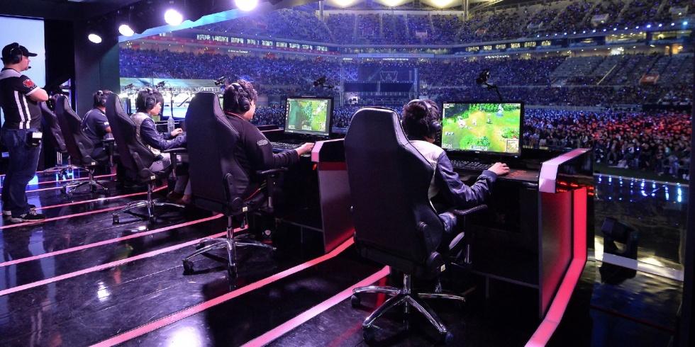 Dalla passione per i videogiochi al lavoro con gli eSports