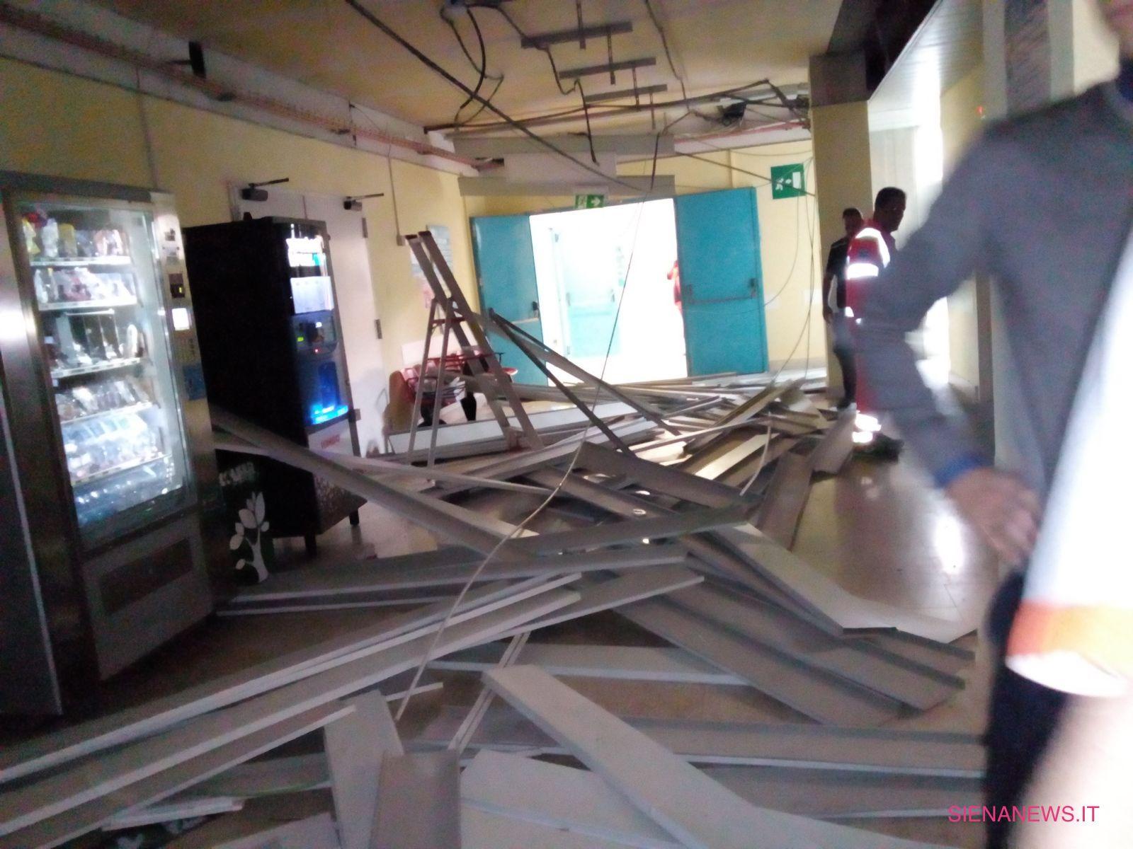 Siena Ospedale Le Scotte crollo soffitto