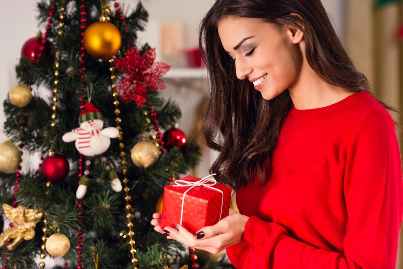 Natale, un gioiello per tutti sotto l'albero