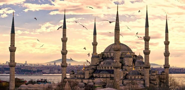 """Turchia: """"La Mecca"""" del trapianto di capelli"""