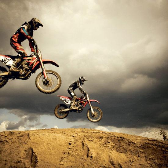 Abbigliamento sportivo: scegli i migliori stivali da motocross