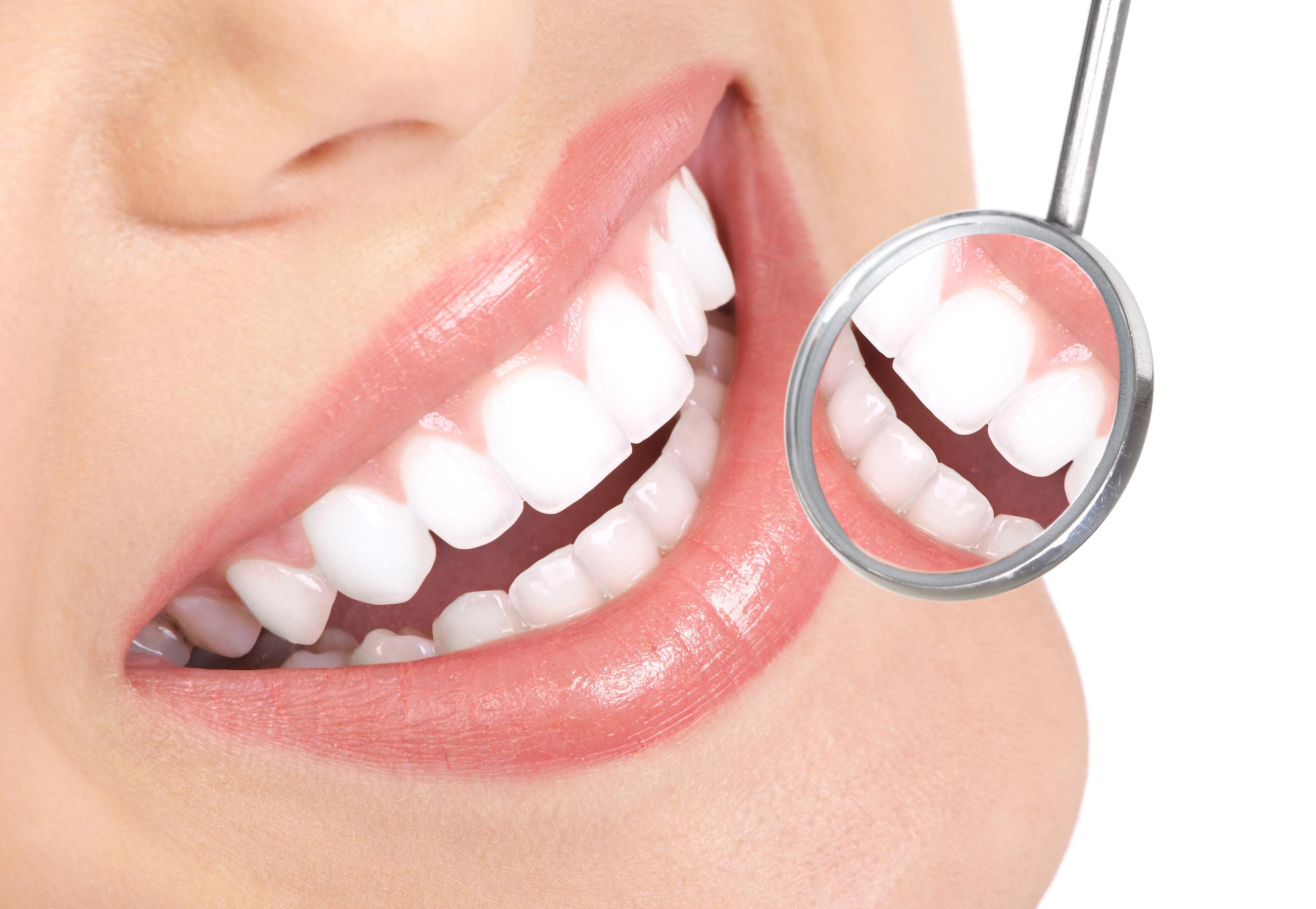 Clinica odontoiatrica: perché preferirla al tradizionale studio dentistico