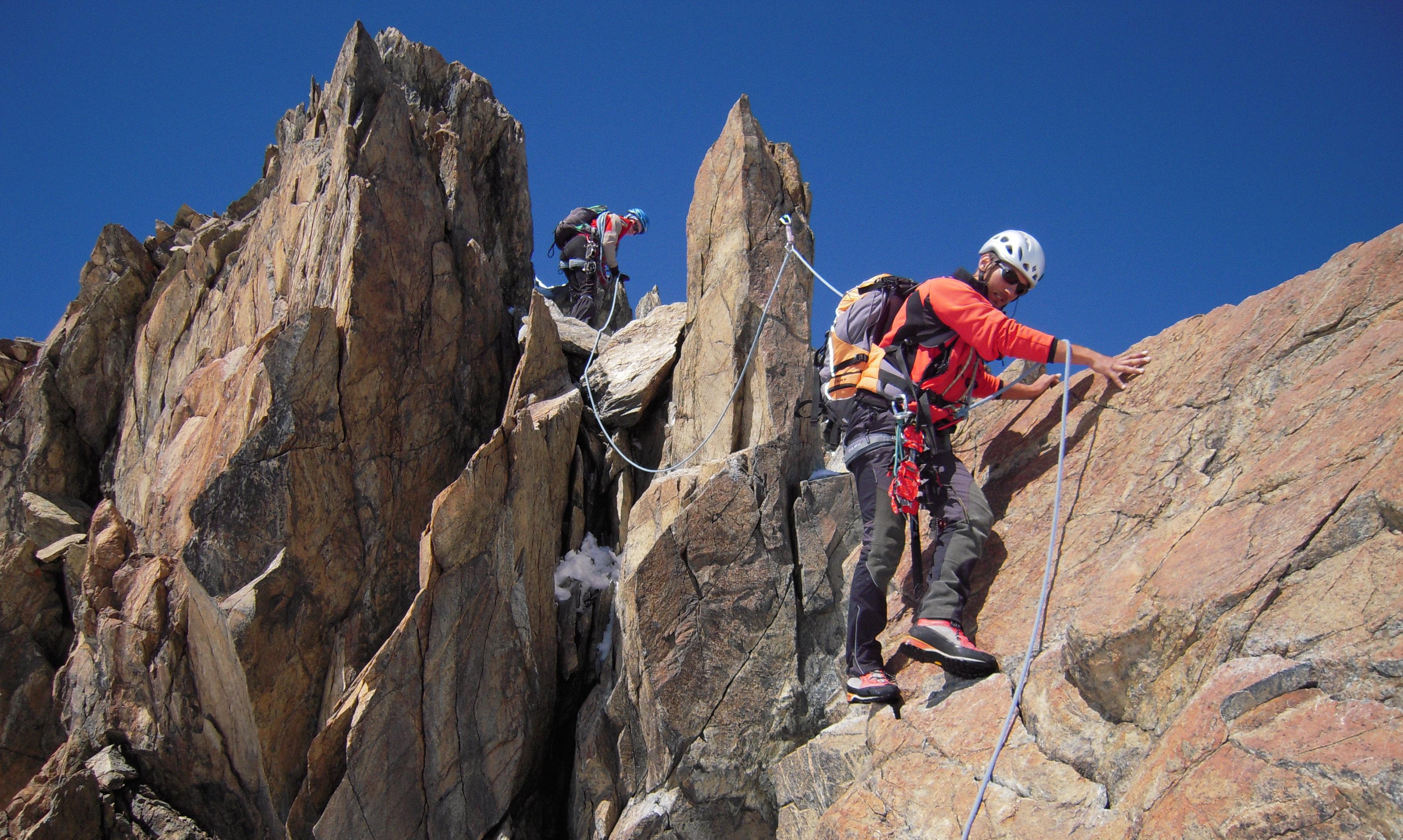 Alpinismo: attrezzarsi al meglio per fare sport in sicurezza
