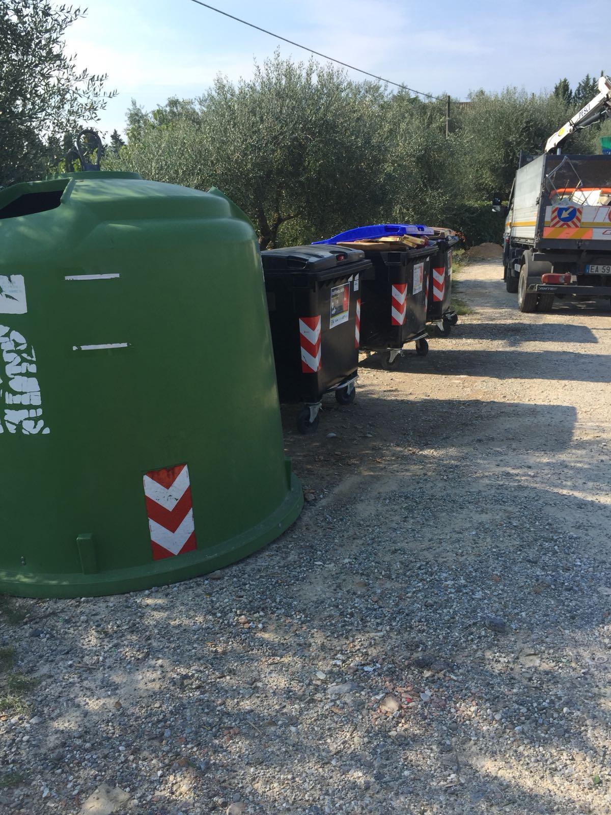 rifiuti-sei-toscana-interviene-in-via-grossetana-e-bonifica-la-discarica-abusiva