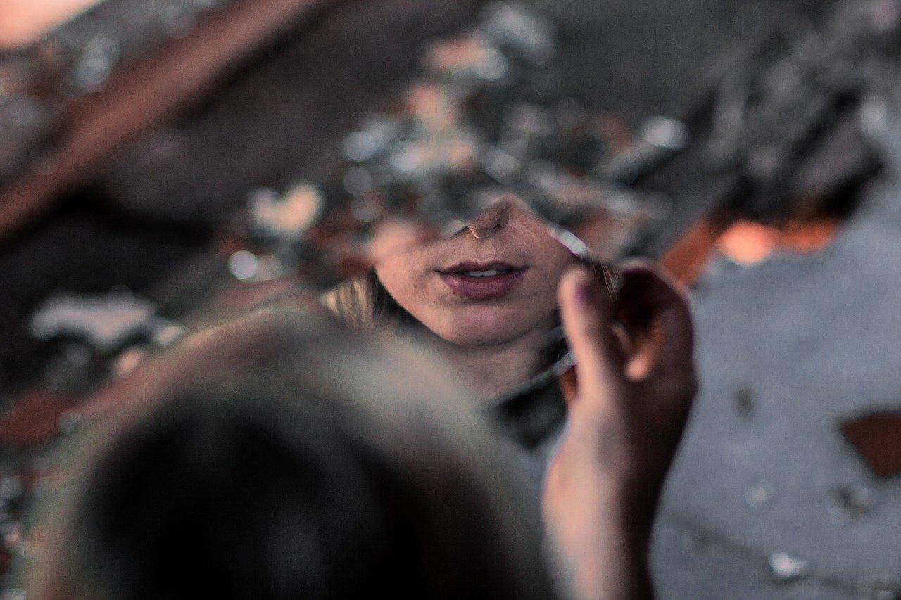 La verità nello specchio